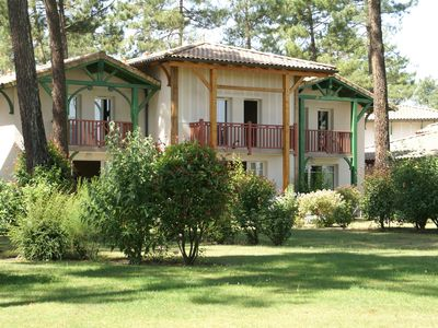 Photo for Cottage in green area of \u200b\u200bGujan-Mestras (6 km) in southern France