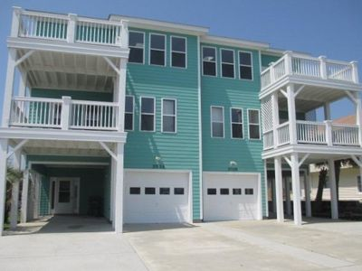 Photo for 3 Bedroom, 3.5 Bath Close to Beach, Affordable!  Book for Summer 2018 now!