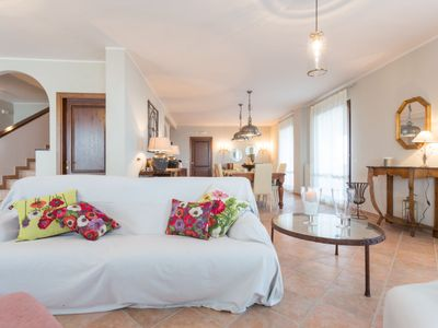 Photo for Vacation home Villa Papillon in Passignano sul Trasimeno - 8 persons, 4 bedrooms