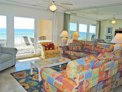 Photo for Direct Ocean View from 3rd Floor, Large Pool, Beach Service Included - Ib3001
