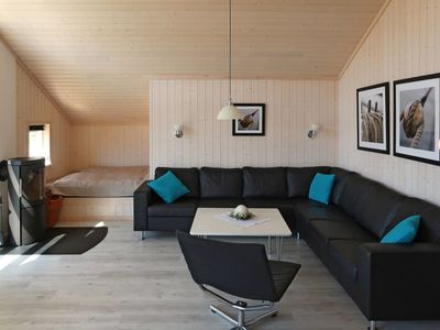 Photo for Beautiful apartment for 8 people with WIFI, hot tub, TV, balcony, pets allowed and parking