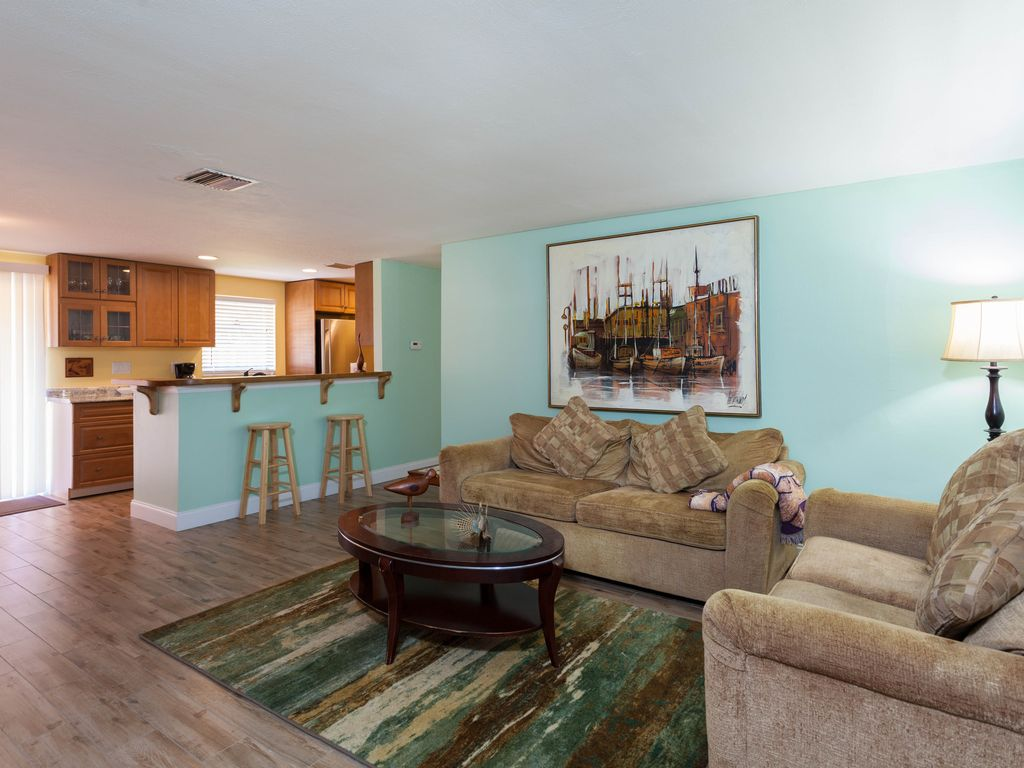 Cozy, Clean, Peaceful. Minutes To Fort Myers Beach & Sanibel Island ...