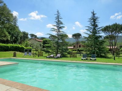 Photo for 2 bedroom Villa, sleeps 6 in Sticciano with WiFi