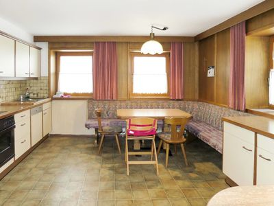 Photo for Beautiful apartment for 13 guests with WIFI, TV, balcony and parking