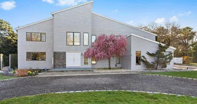 Photo for Large Westhampton Contemporary