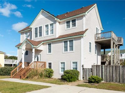 Photo for Another Day at the Beach 4032: 7 BR / 5 BA home in Corolla, Sleeps 16