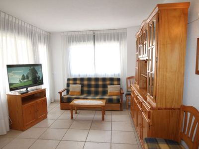 Photo for Apartment in Benidorm with Internet, Pool, Air conditioning, Lift (106337)