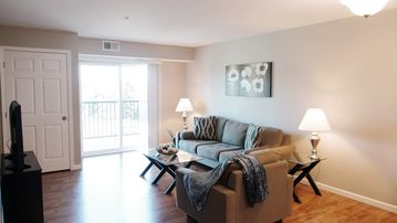 Pleasing Ideal Spot For Families On The Go Home Interior And Landscaping Ologienasavecom