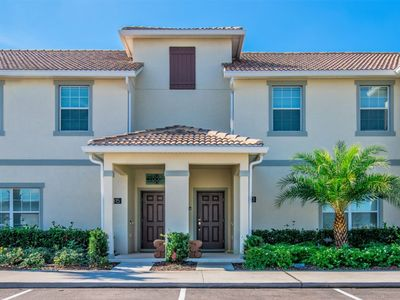 Photo for Near Disney World - Storey Lake Resort - Feature Packed Spacious 4 Beds 3 Baths  Pool Villa - 5 Miles To Disney