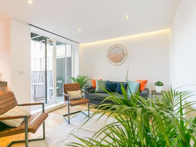Photo for New Stylish 2 Bedroom Flat with Balcony Shoreditch
