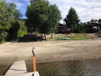Fully Renovated Multi Family Lakefront Getaway On Pristine Little Shuswap Lake Chase