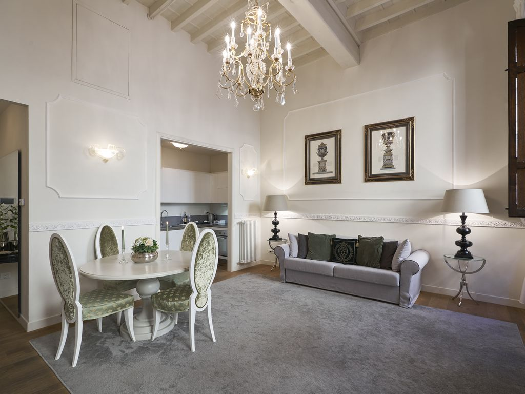 Luxury Apartment Rucellai In The Heart Of Florence Gagliano  # Muebles Firenze