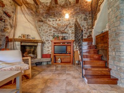 Stone Duplex for 4 People