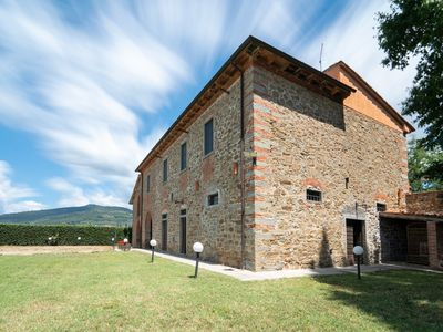 Photo for House in the Tuscany country between the vineyards of the Chianti