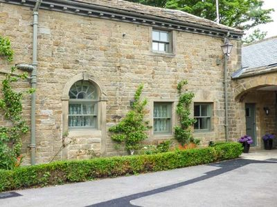 Photo for THE TACK ROOM COTTAGE, pet friendly in Ashover, Ref 927577