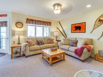 Photo for Top-floor condo w/ mountain views & pool and sauna access