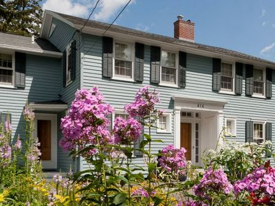 Photo for Welcome to Buena Vista House! Come explore #FLX style!