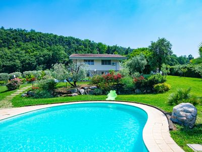 Photo for Luxurious Villa with Pool and Garden – Villa Paradiso