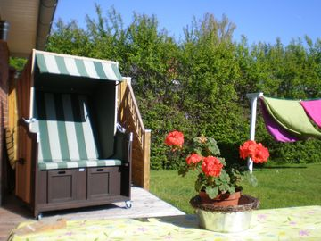 Cozy holiday home 5 km behind Deich / Dagebüll for 2 to 4 pers. Incl. wireless Internet access