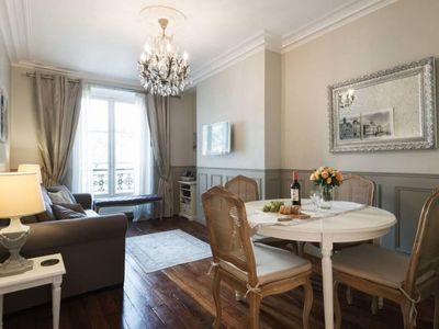 Photo for Le Triomphe Elysees apartment in 17ème - Arc de Triomphe with WiFi & lift.
