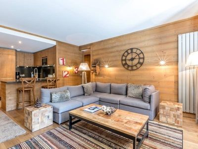 Photo for Apartment Val-d'Isère, 2 bedrooms, 6 persons