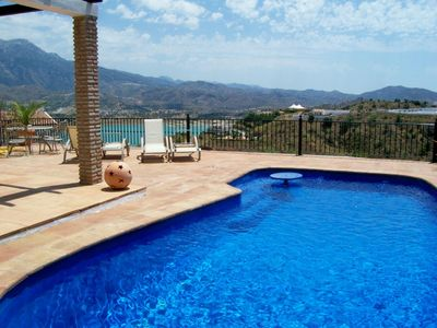 Photo for Private villa overlooking Lake Vinuela with Pool , Air Con and Wi-Fi