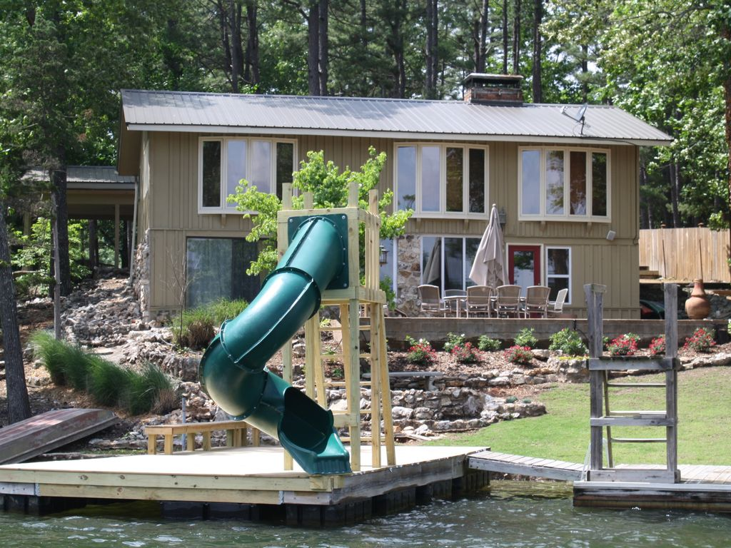 Lake thunderbird getaway vrbo for Anthony lakes cabin rentals