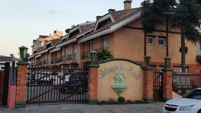 Photo for Beautiful Provençal style house next to the Cathedral d Stone in the heart of Cinnamon