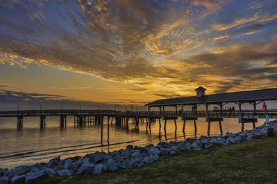 Beach  and Fishing Pier - Located 2 blocks from 400 Ocean Suites