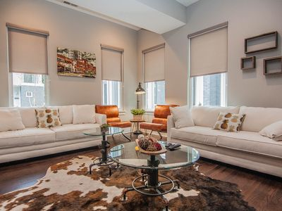 Luxury 5 Star Home with amazing rooftop .Only 1.3 mile from Broadway...