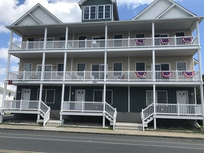 Photo for Outstanding Downtown OCMD Location.  6 minutes to the Beach and Famous Boardwalk