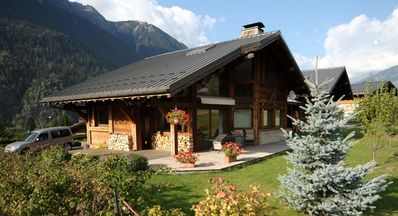 Photo for Chamonix Mont Blanc, New chalet Savoyard, Gd South Terrace, Garden, 5 pieces.