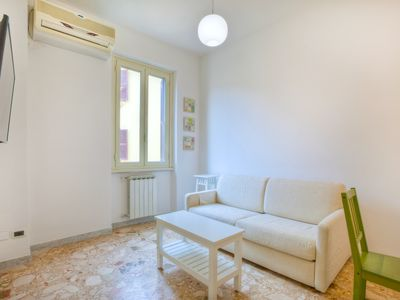 Photo for Lovely and essential 1 bdr apartment in Tuscolano neighbourhood