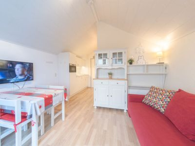 Photo for Apartment Dina in De Haan - 4 persons, 1 bedrooms