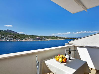 Photo for Apartment 7922  SA3(2)  - Cove Pokrivenik, Island Hvar, Croatia
