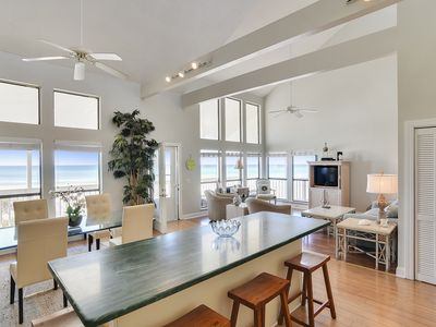Photo for Clean town home located beachside in PCB with gorgeous natural lighting!
