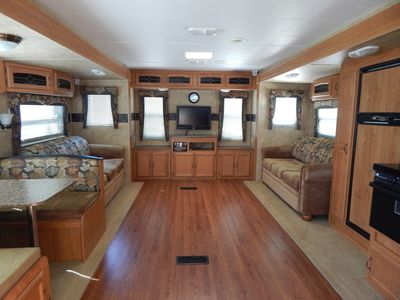 Photo for Beautiful 32' RV Rental near Fall Creek Falls State Park - Lots of amenities!