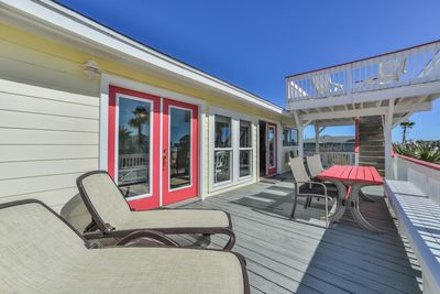 Spacious deck to relax on and enjoy listening to the surf.