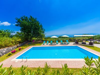 Photo for Private Pool, sea view, suites