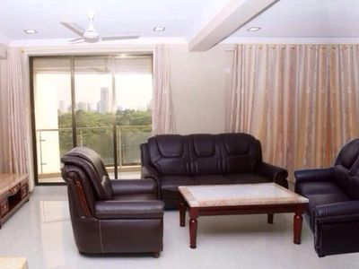 Photo for Attractive-Well Maintained 3Bedroom Flat
