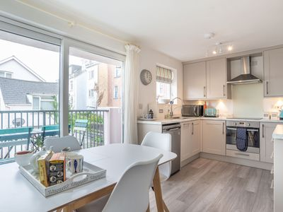 Photo for 3BR Apartment Vacation Rental in Falmouth, England