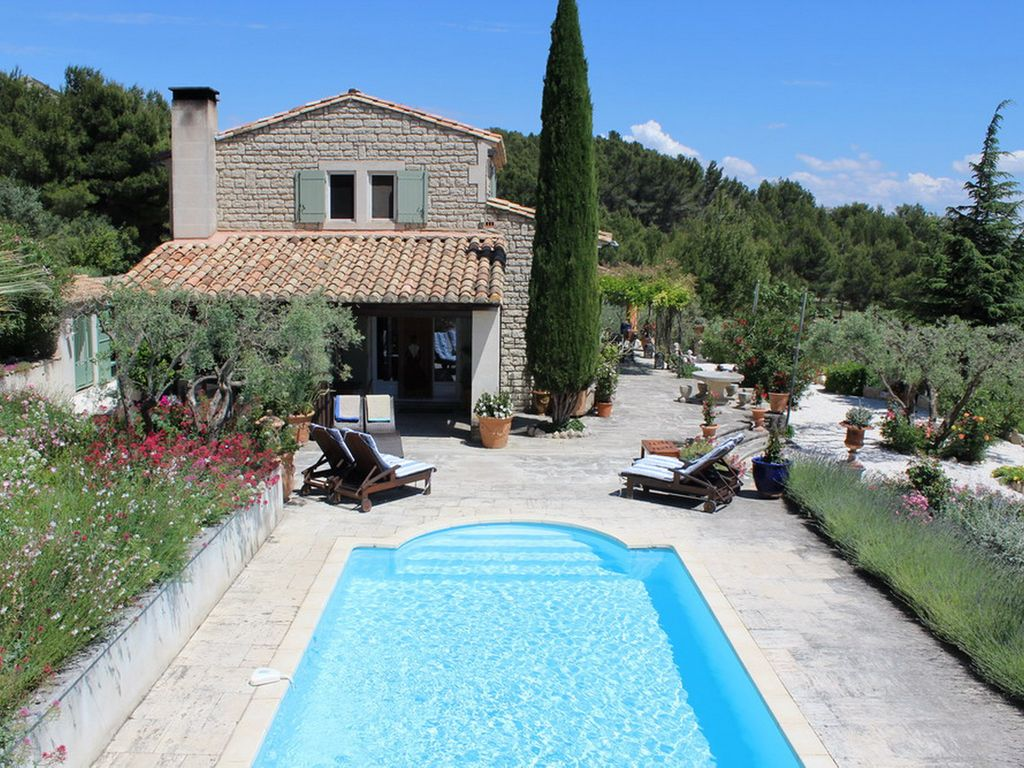 ae66c30ad60 Silence and breathtaking views over the most beautiful village of Provence  - Les Baux-de-Provence