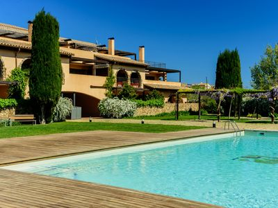Photo for Costabravaforrent Tor 2 apartment for 6, swimming pool, wifi, parking