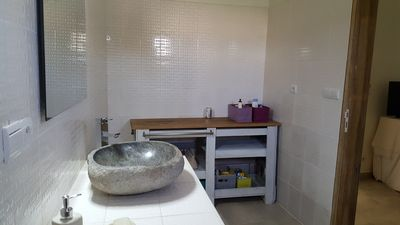 Photo for Sun Villa Ngaparou 5 minutes from the ocean near all amenities Swimming Pool