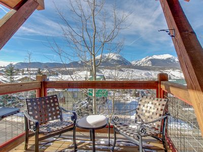 Photo for Mountain view townhome with a shared hot tub & private deck!