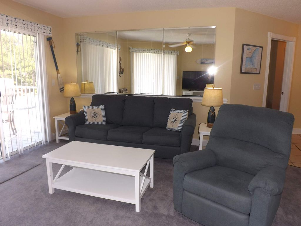 Family Friendly 2 bedroom, 2 bath, with great resort amenities(408M)