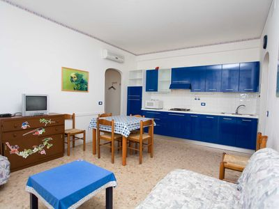 Photo for Cabrioni tree-room flat in town centre (Piazza Fontana)