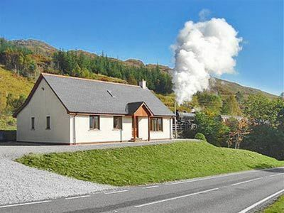 Photo for 4 bedroom property in Fort William.