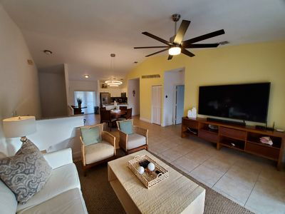 "Photo for ""GORGEOUS AND OPEN"" 2 Bedroom / 2 Bath Villa"