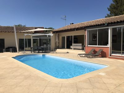 Photo for Beautiful modern villa with pool on landscaped land without vis-vis